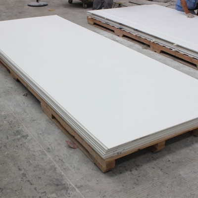 surface solide polyester